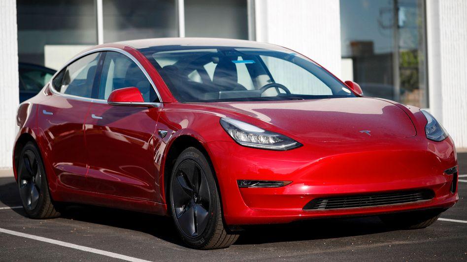 Tesla Model 3: Goldman Sachs rät zum Verkauf der Tesla-Aktie und setzt ein Kursziel von 210 Dollar