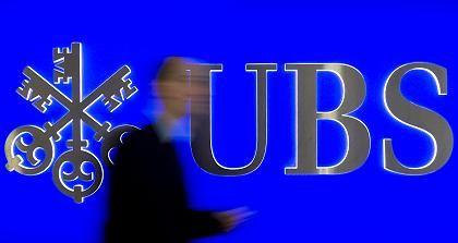 Bank in Schieflage: Die UBS leidet unter der Finanzkrise und muss Kundendaten herausgeben