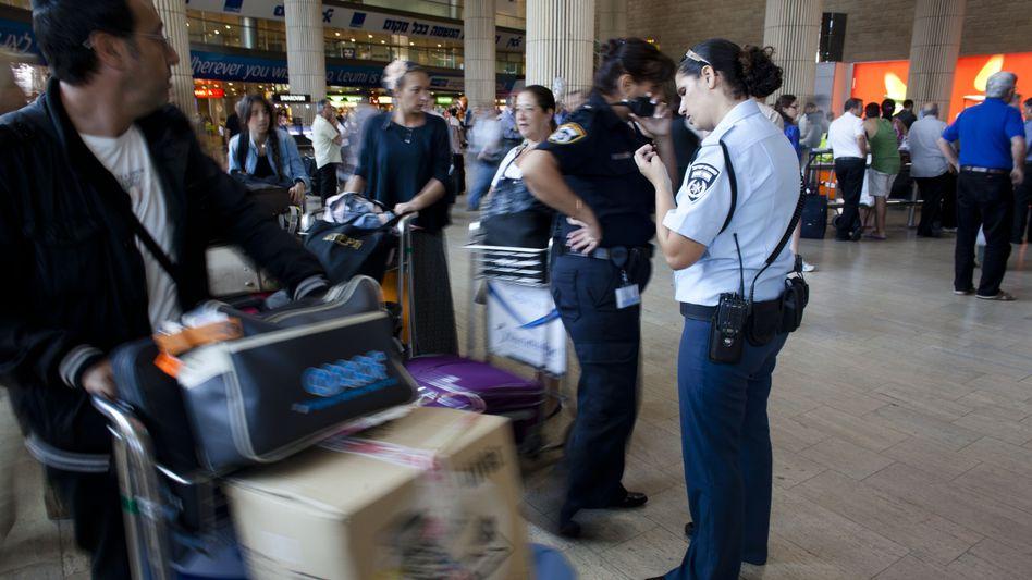 Sicherheitskontrolle am Flughafen: Zeit ist der größte Ärgerfaktor