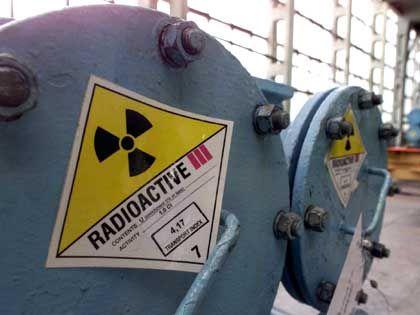 Recycling: Uran aus russischen Militärbeständen wird wieder angereichert und in solchen Behältern an deutsche Kraftwerke geliefert - das hilft über die Angebotslücke