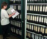 Ende des Papierkrieges: Die Verwaltung soll modernisiert werden