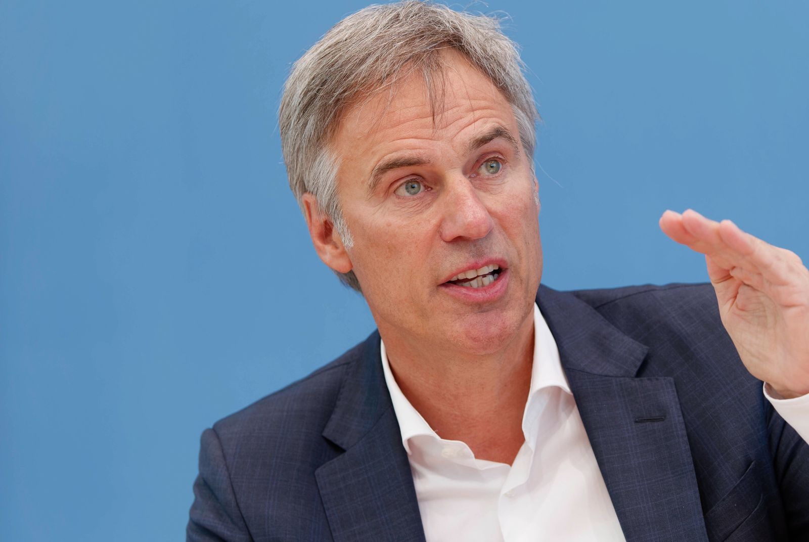Achim Berg 2021-08-05 - Deutschland, Berlin - Bundespressekonferenz - Der Vizepräsident des Bundesamts für Verfassungssc