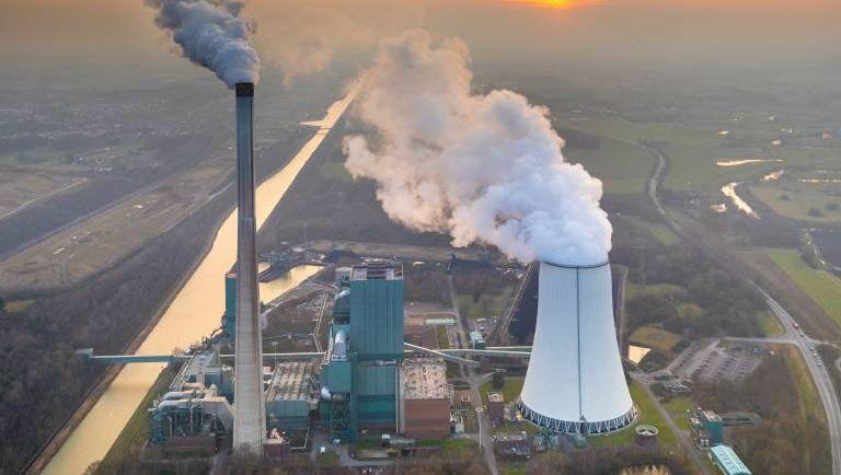 Kohlekraftwerk in Bergkamen: Den Stromkonzernen den Ausstieg mit Steuermilliarden versüßt