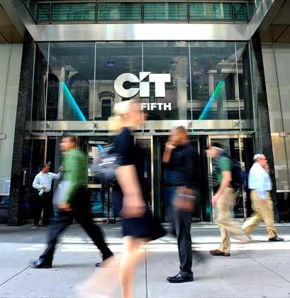 Kunden ziehen Darlehen ab: Der Finanzierer CIT klagt erneut über Schwierigkeiten
