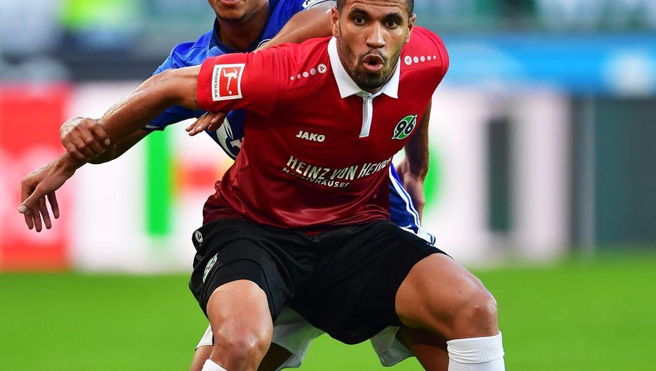 Gut und teuer: Hannover 96 gab für Neuzugang Jonathas (im Bild) knapp 9 Millionen Euro aus. Der FC Bayern zahlte für Corentin Tolisso 41 Millionen Euro