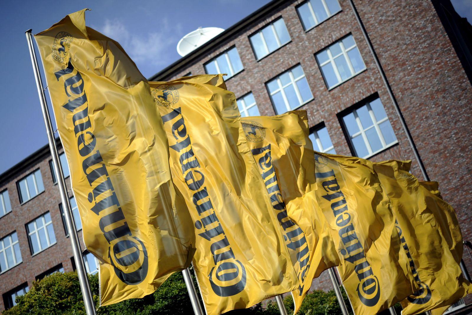 NICHT VERWENDEN Fahnen mit dem Continental-Logo