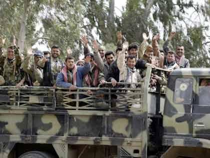 Kurdische Freiheitskämpfer bei Shikkan