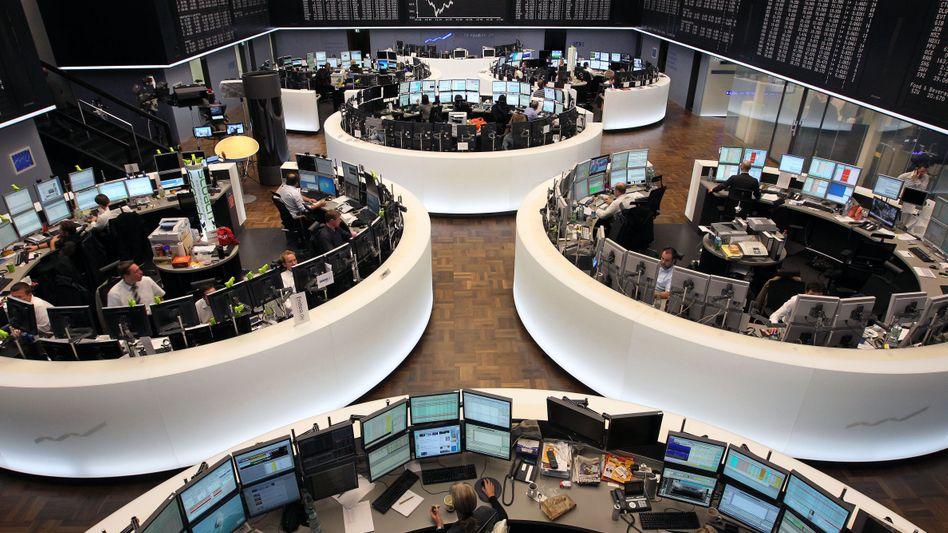 Handelssaal in Frankfurt: Gewinnmitnahmen belasten den Dax