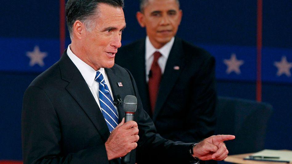 Herausforderer Mitt Romney (links), US-Präsident Barack Obama: Amerikas Infrastruktur ist dürftig, die Schulden immens, die Parteien heillos zerstritten