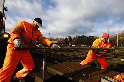 Bahnarbeiter in Deutschland: Geringe Zuwächse