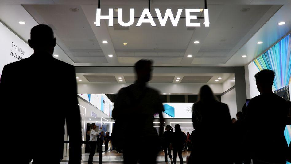 """USA stufen Huawei und ZTE nun endgültig als """"Sicherheitsrisiko"""" ein"""
