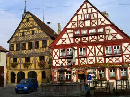 Politisches Kraftzentrum: Rathaus und Gasthaus in Prichsenstadt