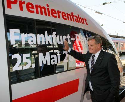 Startschuss: Hartmut Mehdorn, Vorstandsvorsitzender der Deutschen Bahn AG, sprach voon einem historischen Tag