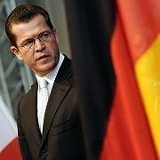Was ist ein gesundes Unternehmen? Wirtschaftsminister zu Guttenberg will nicht allen Firmen helfen
