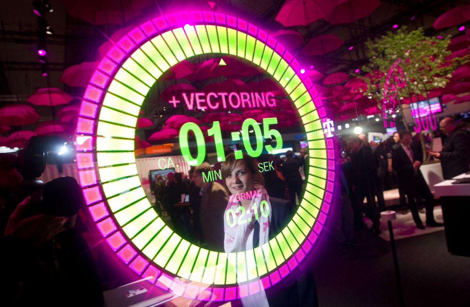 CeBIT 2014 / Vectoring