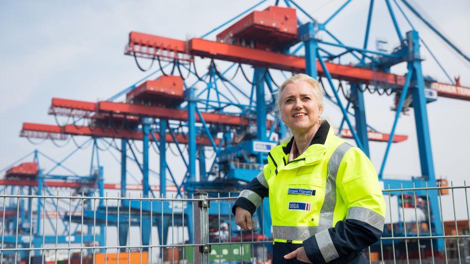 Angela Titzrath, Vorstandsvorsitzende der Hamburger Hafen und Logistik AG