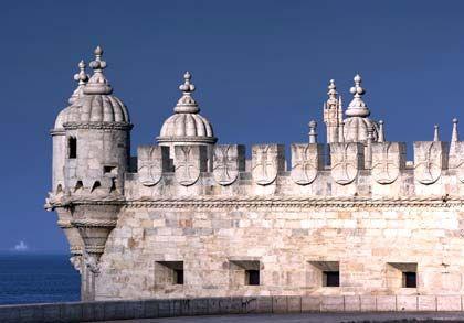 Fürstlicher Ausblick: Der Torre de Belém blickt majestätisch über die Mündung des Tejo