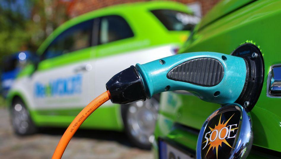 Elektroautos: Eine Kaufprämie soll den Durchbruch bringen