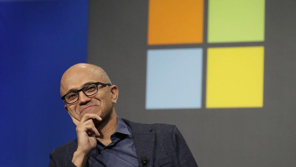 """""""Nur"""" noch 59 Prozent Wachstum bei Cloud-Umsätzen: Für Microsoft-Chef Satya Nadella ist das kein Grund zu ernsthafter Sorge. Doch es zeichnet sich ab, der Wettbewerb ums Cloud-Geschäft und die Kunden wird anspruchsvoller"""