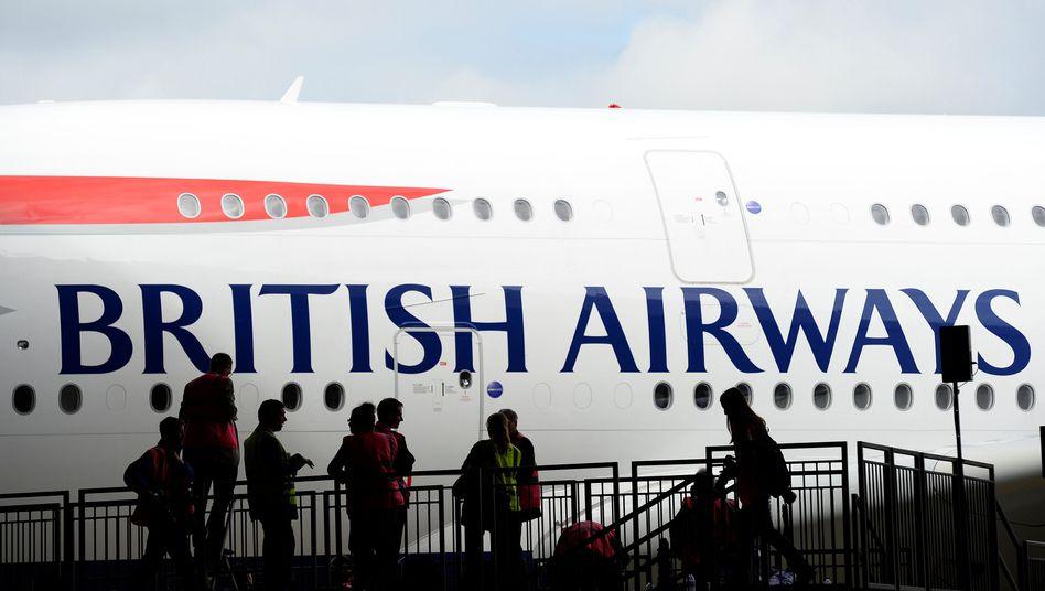 Für drei Tage wollen die Piloten der Britisch Airways die Maschinen am Boden halten. Die Fluggesellschaft will Kunden für Flugausfälle entschädigen