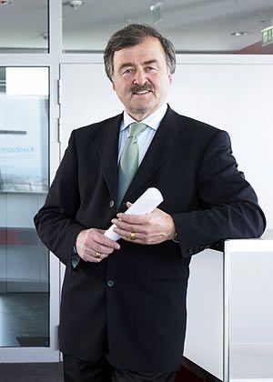 """Jochen Kienbaum, Chef der Managementberatung Kienbaum: """"Ich würde das Rücktrittsgesuch erst einmal als Geste ansehen"""""""