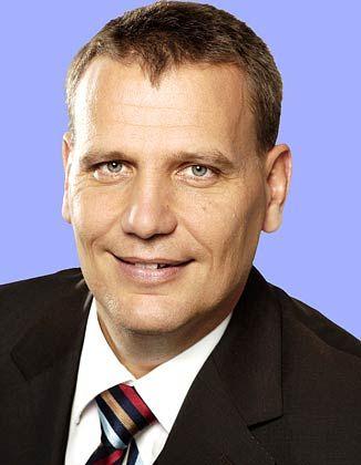 Der Gastautor Peter Schwanitz ist Partner und Mitglied der Geschäftsleitung von VCM Capital Management GmbH (VCM), der ältesten deutschen Dachfondsgesellschaft für Venture Capital- und Private Equity-Beteiligungen. Zuvor hat er unter anderem für Sal. Oppenheim und Axa gearbeitet.
