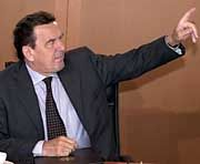 Kirchs Krisenmanager: Gerhard Schröder
