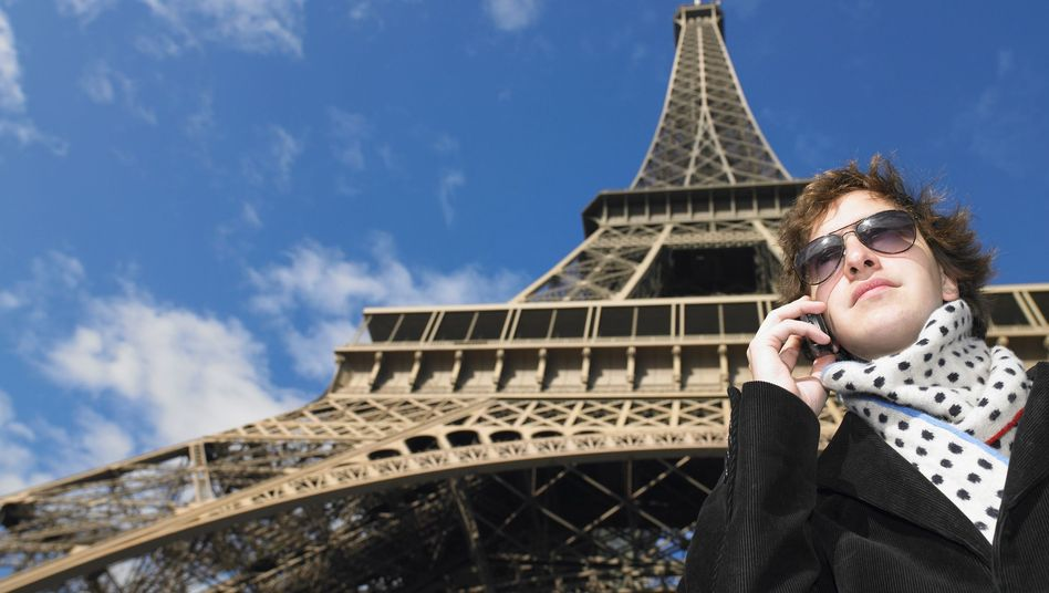 Eiffelturm: Telefonieren in der EU wird immer günstiger