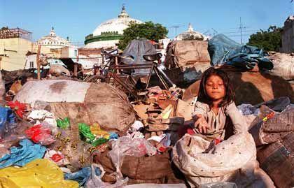 Zweigeteiltes Indien: Viele Menschen leben in Armut