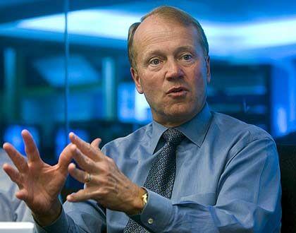 """""""Unternehmen wie die Deutsche Telekom, British Telecom oder Telefónica stehen vor immensen Herausforderungen."""" Cisco-Chef John Chambers"""