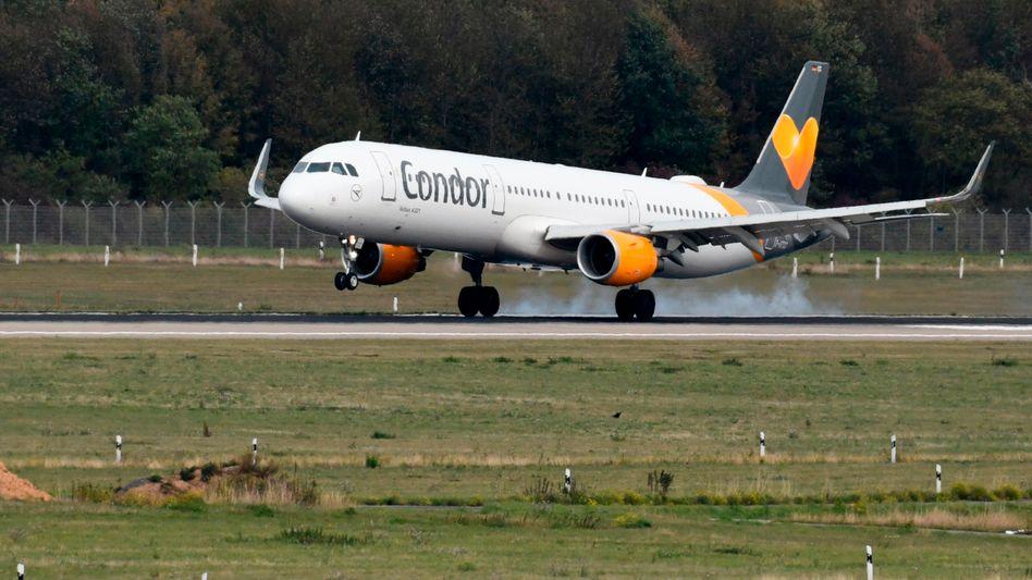Trotz geplatzter Übernahme und Corona-Turbulenzen doch noch eine sichere Landung? Condor kann wohl mit weiteren 170 Millionen Euro Kredit rechnen.