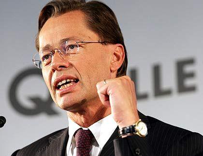 Weitere Umbauten: KarstadtQuelle-Chef Middelhoff will bis Ende 2008 neue Standorte im Ausland schaffen