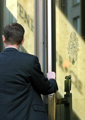 Verstoß gegen das Aktiengesetz? Deloitte erhebt schwere Vorwürfe gegen die Ex-Chefs von Sal. Oppenheim