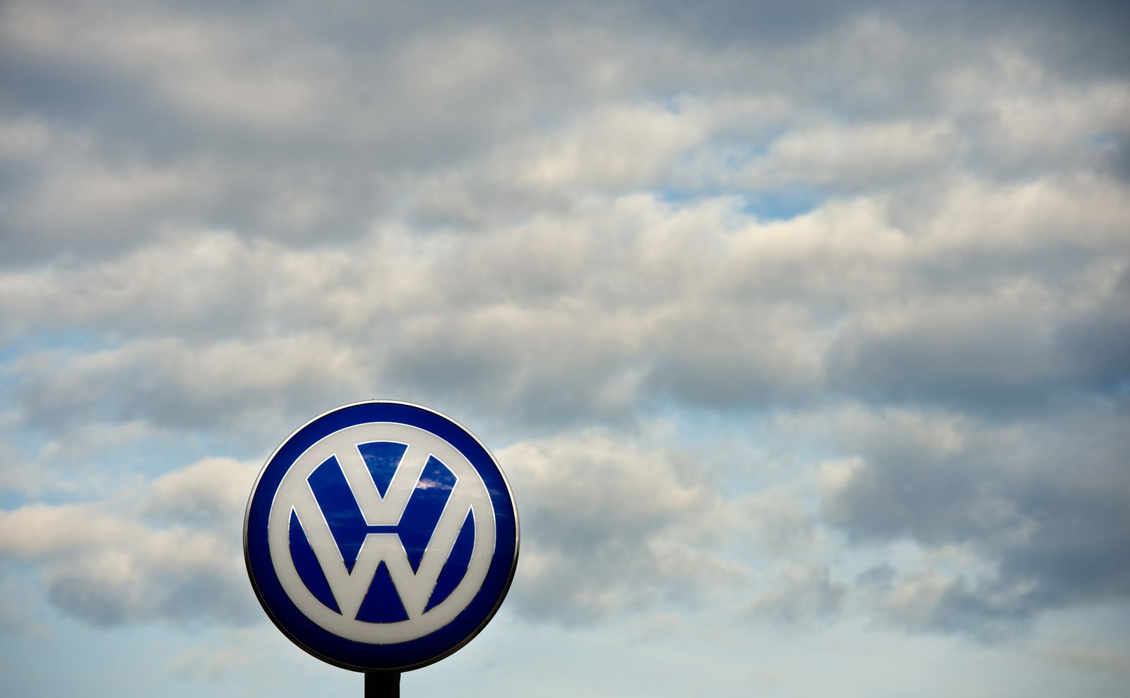Wolfsburg / Absatzprobleme treffen VW-Konzern