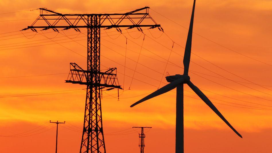 Teurer Strom: Bundesumweltminister Altmaier rechnet im Herbst mit einer weiteren Preiserhöhung in Höhe von 5 Prozent