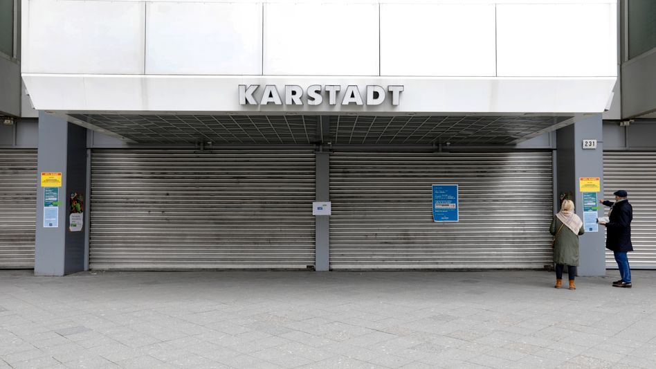 Geldverbrenner: Filiale in Berlin während des Lockdowns