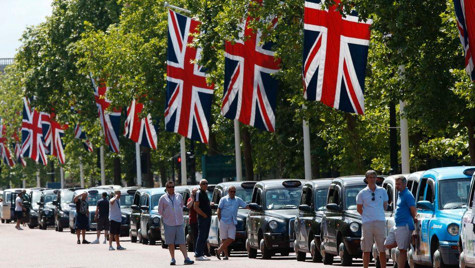 Anti Uber Demo in London: Die Hauptstadt entwickelt sich zum zentralen Schlachtfeld im Wettbewerb der Fahrdienstvermittler
