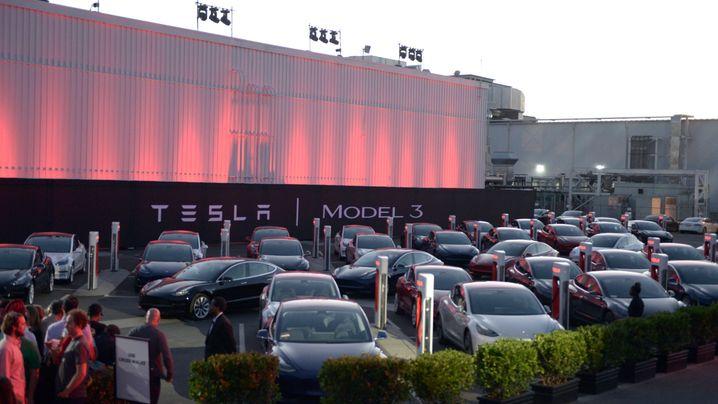 Die wichtigsten Erkenntnisse aus Teslas Quartalsbericht: So erklärt Elon Musk die Model 3-Probleme weg
