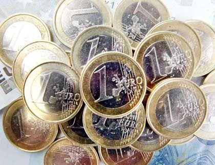 Psychologischer Effekt: Wer die Kosten seines Vorsorge-Vertrages in Euro und Cent präsentiert bekommt, könnte über die Höhe des Betrages schnell erschrecken