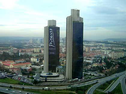 Istanbuls Finanzbezirk: In den vergangenen drei Jahren haben sich Direktinvestitionen in der Türkei fast verzehnfacht