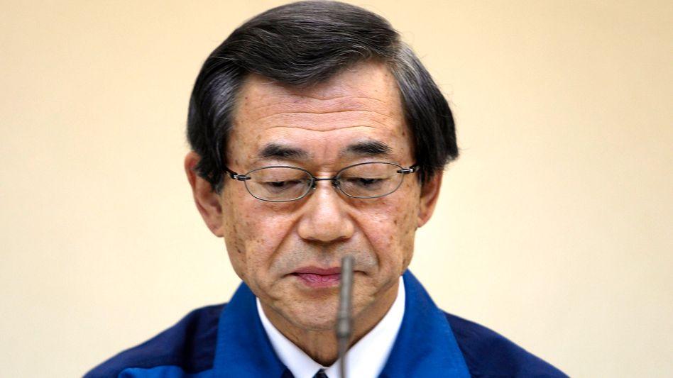 Tepco-Chef Masataka Shimizu glänzte während der schlimmsten Tage für den Konzern durch Abwesenheit - nun tritt er zurück