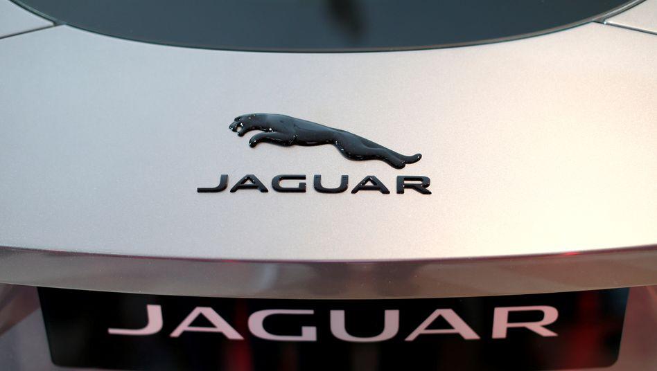 Stopp der Bänder: An den britischen Jaguar-Standorten Halewood und Castle Bromwich soll die Produktion zunächst ausgesetzt werden