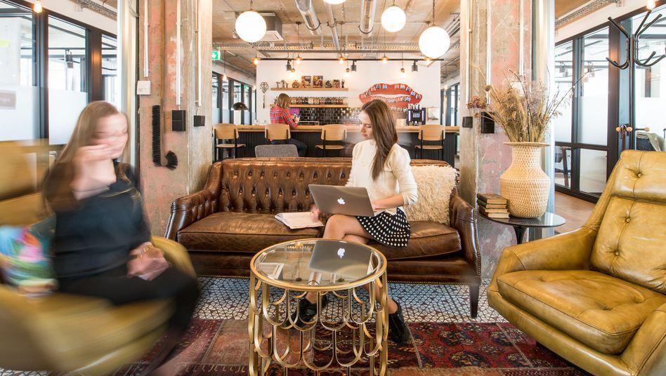 Big in Berlin: Lounge im Coworking-Büro von Mindspace in Berlin.
