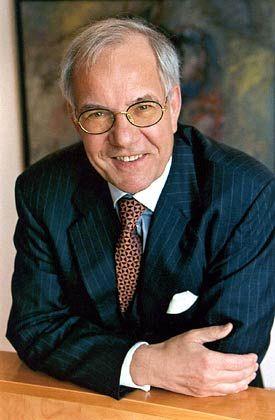 Der Anwalt, dem die Familien vertrauen: Stiftungsvorstand Hennerkes