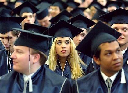 Bachelor-Verleihung: Der Abschluss setzt sich durch, viele Studenten wollen nach dem Abschluss noch einen Master machen