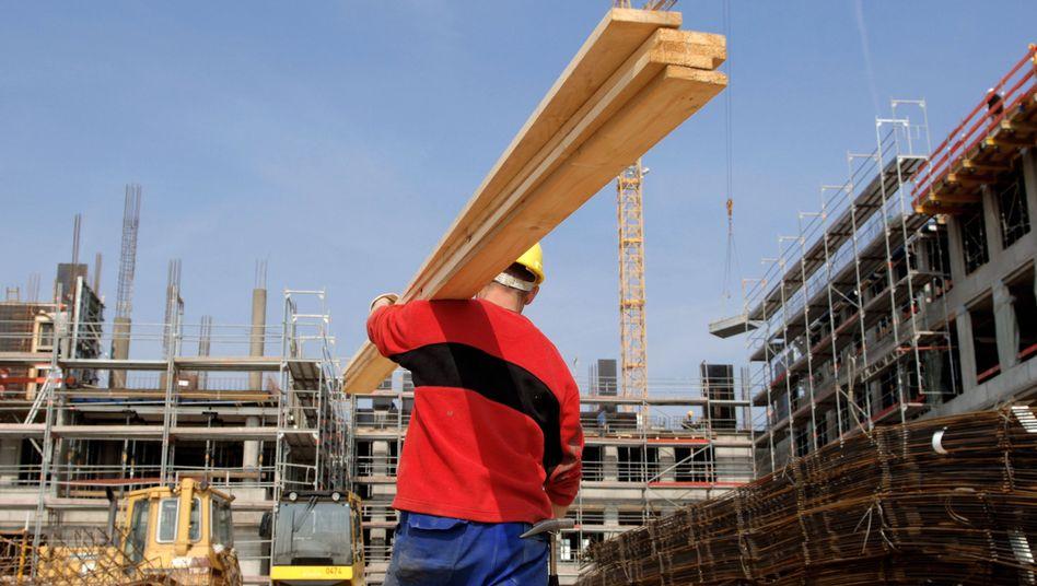 Arbeiter auf der Baustelle: Mehr als 41 Millionen Menschen haben ihren Arbeitsort in Deutschland