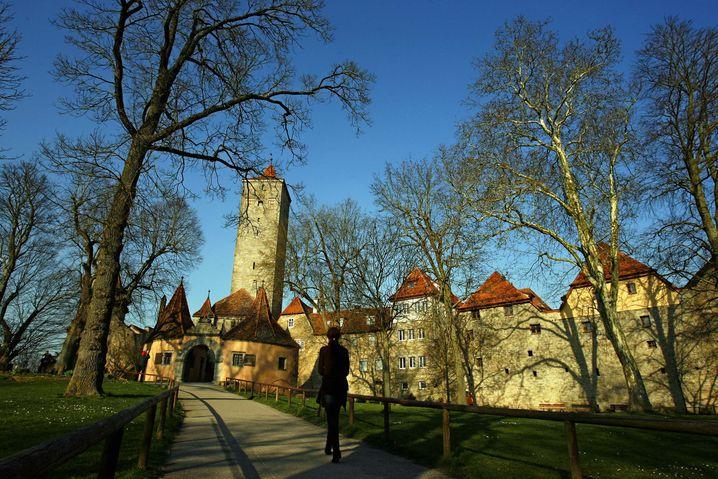 Burgtor in Rothenburg ob der Tauber: Hier macht das Radfahren Spaß