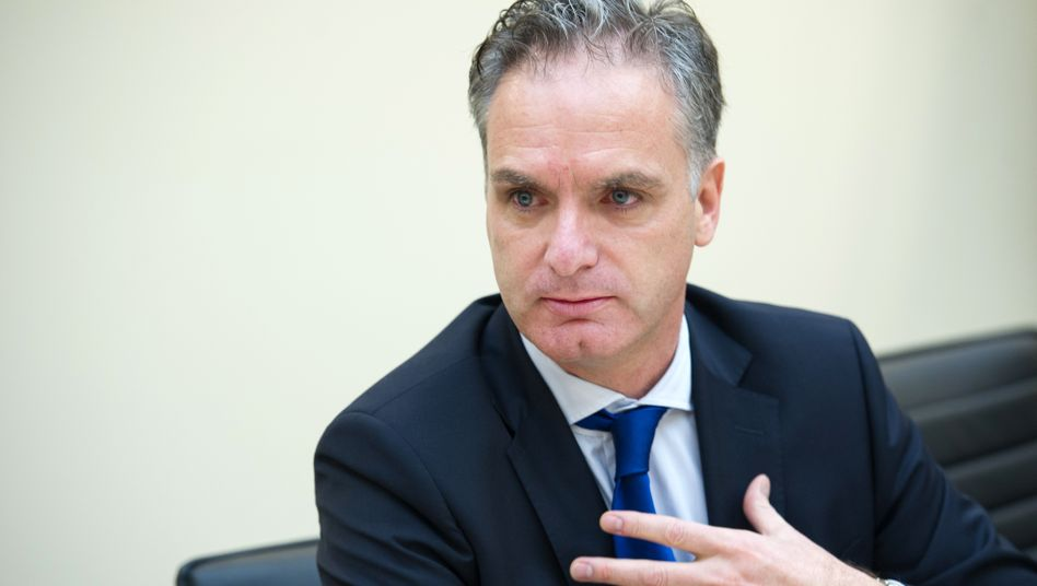 Stefan Ermisch: Im Juni soll der Finanzvorstand der HSH Nordbank auf den Vorstandssessel rücken. Als Favorit für seine Nachfolge gilt Oliver Gatzke