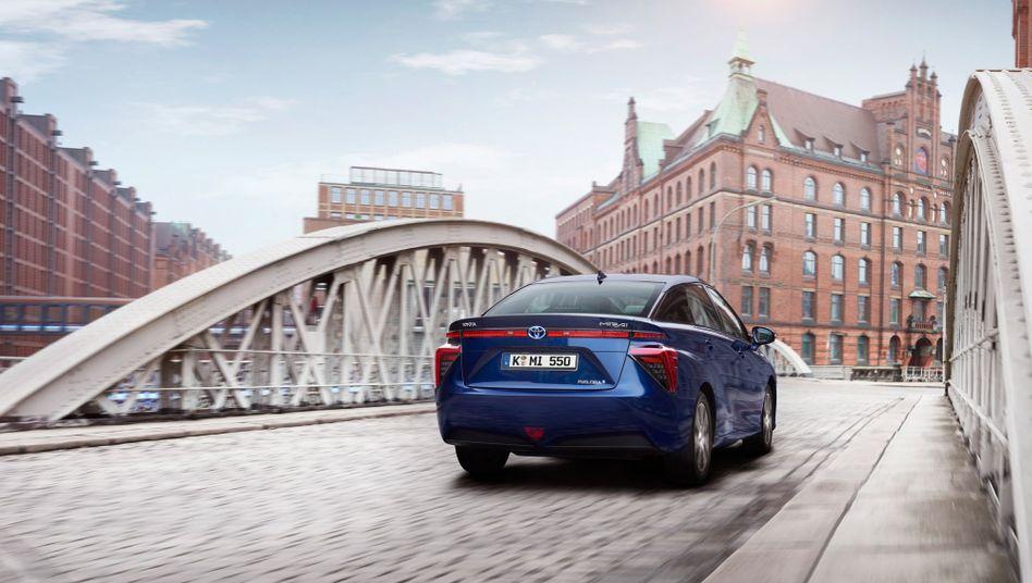 Zweitägigen Härtetest bestanden: Das Wasserstoffauto Toyota Mirai