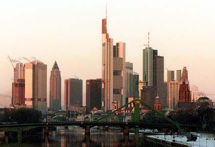 Das eigene Portfolio bereinigen: Großbanken in Frankfurt